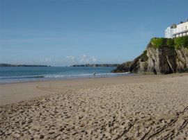 Tenby Castle Beach