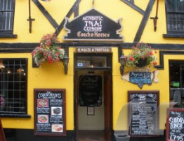 The Coach and Horses Tenby